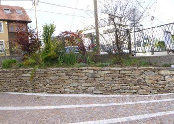 Natursteinmauer Hartgneis 150cm hoch