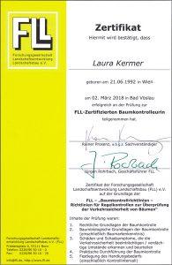 FLL-Zertifizierter Baumkontrolleurin